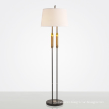 Wholesale contemporary white fabric shade metal frame floor lamp for decoration