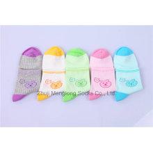 Lovely Cartoon Socks Bear Padrão Little Girl Meias de algodão