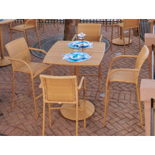 Conjunto de jardín del mimbre de la rota de la resina de patio al aire libre de muebles de Bar taburete