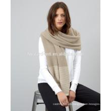 Patrón de tejer barato y agradable de la bufanda del cuello de cachemira