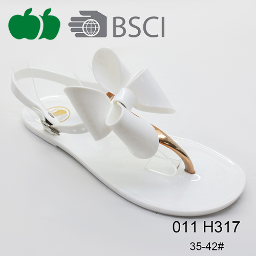 ladies fashion flat sandals