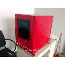Máquina de marcação a laser de metal - Auto Design coberto com fonte de laser Raycus