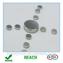 round bag magnet clasp