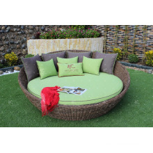 Unique design with high quality synthetic Poly Rattan Round Lounger
