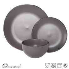 18PCS Céramique Dîner Set Seesame Glaze avec la conception de la jante noire