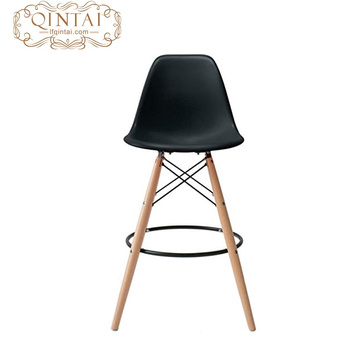 cheap popular plastic seat amd beech wood leg for restaurant bar plastic chair with high quality