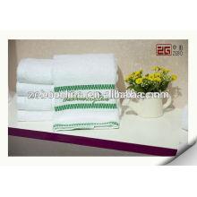 100% Baumwolle Qualitäts-kundengebundene weiße Großhandelsbad-Tücher