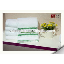 100% algodón de alta calidad personalizadas blanco toallas de baño al por mayor