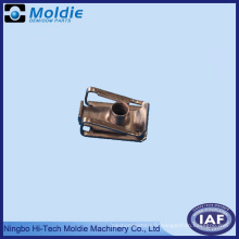 Produits d'emboutissage progressifs en métal de Chine