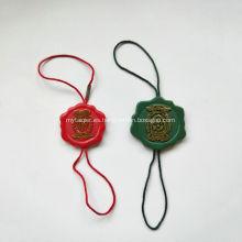 Etiquetas de cadena de forma especial con cinta