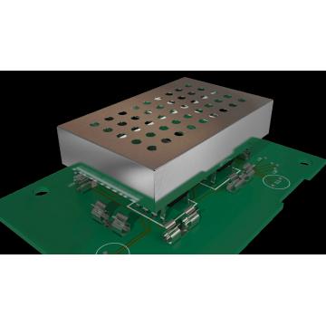 La carcasa metálica de blindaje EMI para placa base