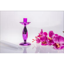 Фиолетовый стеклянный подсвечник для свадебного оформления (один плакат)