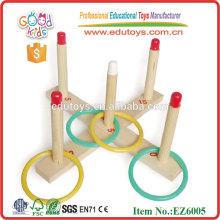 Juguetes educativos de madera del anillo que lanza interesante
