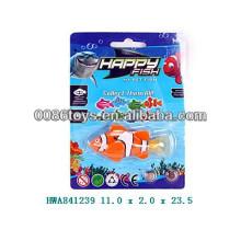 Горячие продажи пластмассовых плавательных рыбных игрушек для детей