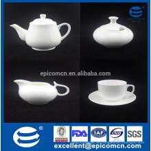 Feine neue Knochen Porzellan Tischware Teekanne und Wasserkocher gesetzt