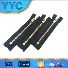Tipo de cremallera de metal de cadena larga Nylon Zippers fábrica