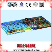 Solução interna do campo de jogos do tema do navio de pirata para o centro recreativo