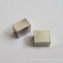 Imán de AlNiCo permanente sinterizado fundido (UNI-AlNiCo-oo2)