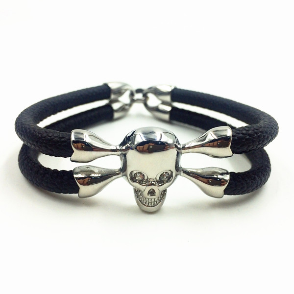 Skull Head Charm Mens Stingray Leather Bracelet