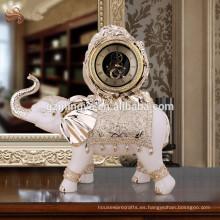 2016 estatua de reloj de elehpant de resina de decoración de casa de cosecha, elefante de lujo con estatuilla de reloj