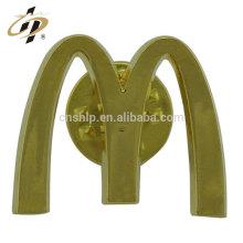 Barato liga de zinco personalizado de fundição M logotipo personalizar emblema de ouro botão de lapela pino de metal