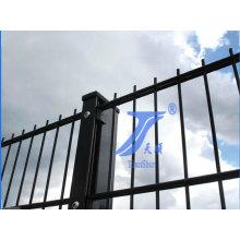 Двойной проволоки забор для сада