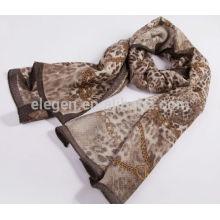 Impresión de leopardo toda la bufanda de marzo