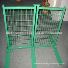 pvc coated metal crowd control barrier