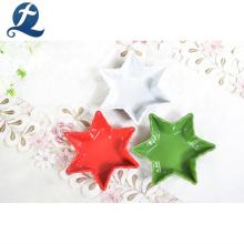 Venta caliente barato color cena estrellas personalizadas forma platos de platos de cerámica