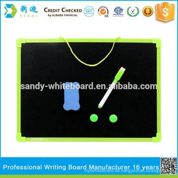 Kleine Tafel für Kinder Zeichnung mit Kunststoffrahmen