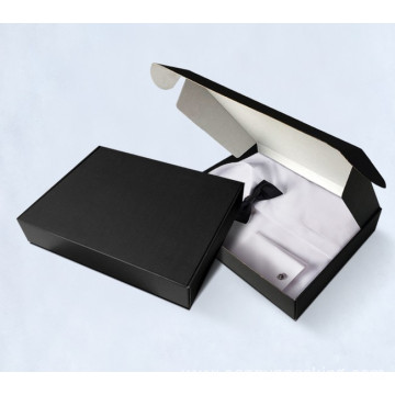 T-shirt mailer box with custom print