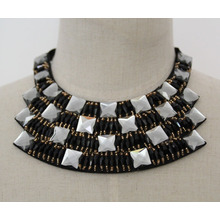 New Bead Crystal Fashion Charm Costume Choker Collar Necklace (JE0018)