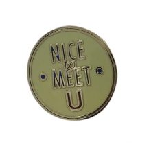 Dongguan Kundenspezifisches Logo Rundes Metall Pin Abzeichen
