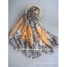 Écharpe femme résolument imprimée en polyester