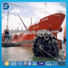 Protección neumática para buques para atraque de embarcaciones