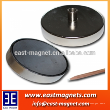 china high quality wholesale ferrite magnet with screw bush