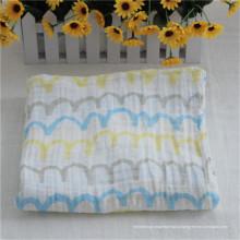 После мытья муслиновой ткани пеленание одеяла