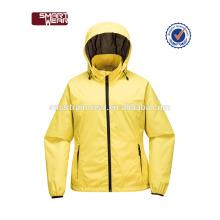 Atacado moda nylon impermeável mulheres usam casaco de inverno chuva