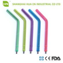 Conseils pour seringues à l'air-eau avec tube en plastique coloré et noyau métallique