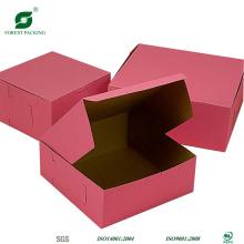 Розовый цветной гофрированный почтовый ящик