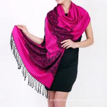 Classic jacquard reversible viscose shawl