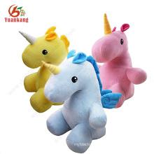 Faites concevoir votre propre poupée molle d'animal peluche faite sur commande de broderie de licorne en peluche