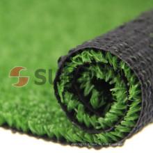 Gazon artificiel de qualité supérieure mettant en faux gazon vert