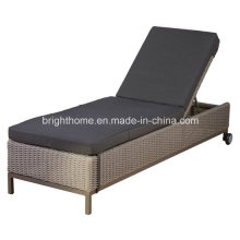 Djustable Wicker Beach Chair Fashion Aluminium Rattan Outdoor Lounge (BM-573)