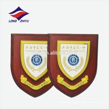 Placa de prêmio de madeira personalizada de logotipo da escola superior
