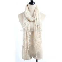 Forme la bufanda del cordón de las señoras del poliester