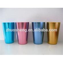 tasse en céramique populaire avec mousqueton