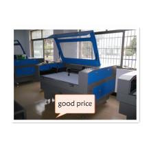 Máquina de gravação de corte a laser CO2 para tecido acrílico / couro / MDF