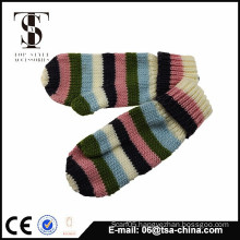 The fashion design for girl winter mittens