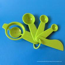 5 Stück Backwerkzeug mit Eiertrenner / Messlöffel / Streuer